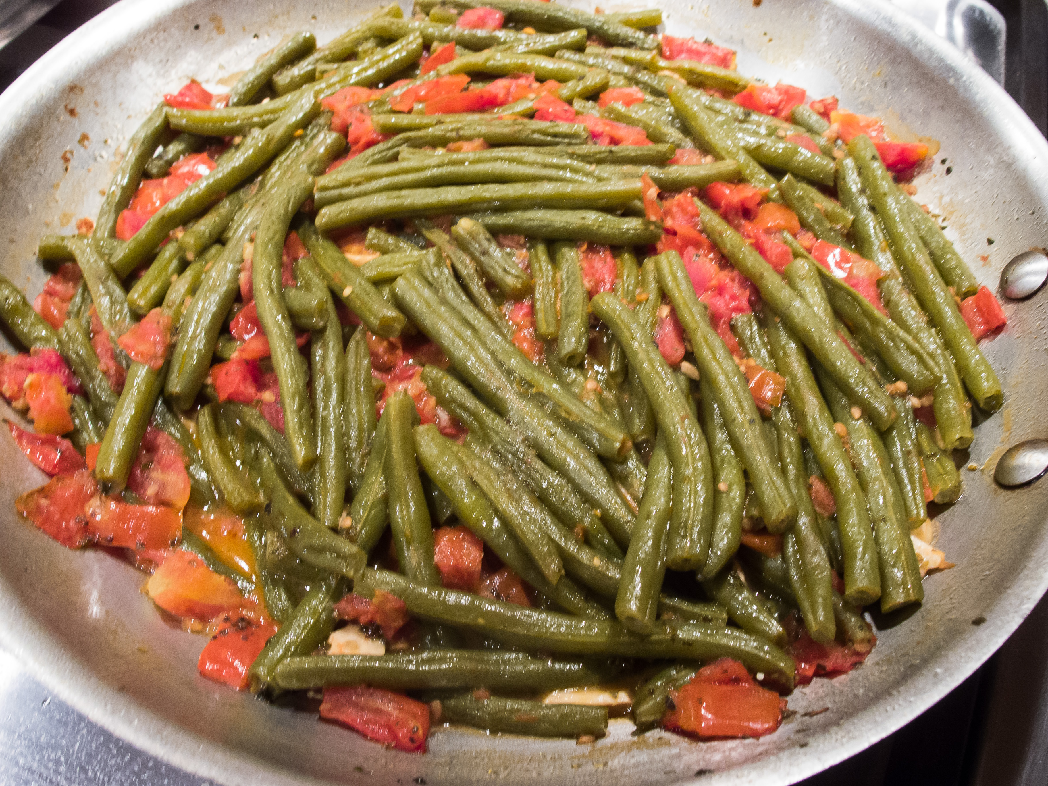 Menu – Grilled Sausages and Salmon, Braised Green Beans in Tomatoes ...